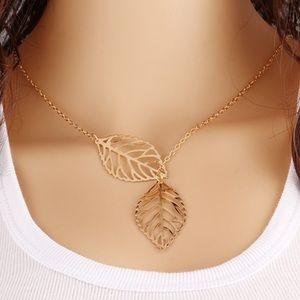 🌟 Gold leaf necklace 🌟